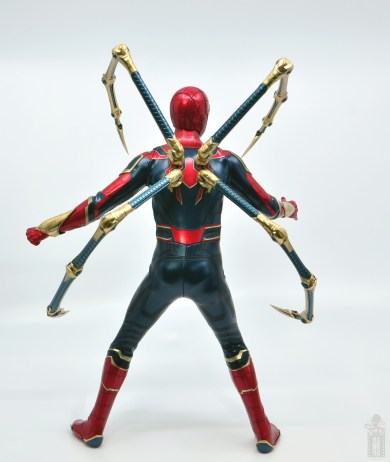 hot toys avengers infinity war iron spider figure review - arm attachments rear