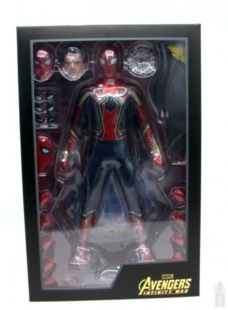 hot toys avengers infinity war iron spider figure review -inner package