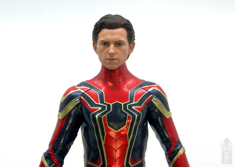 hot toys avengers infinity war iron spider figure review - peter parker head