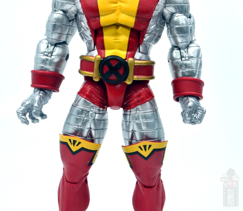 marvel legends colossus and juggernaut figure review 80th anniversary - colossus uniform detail
