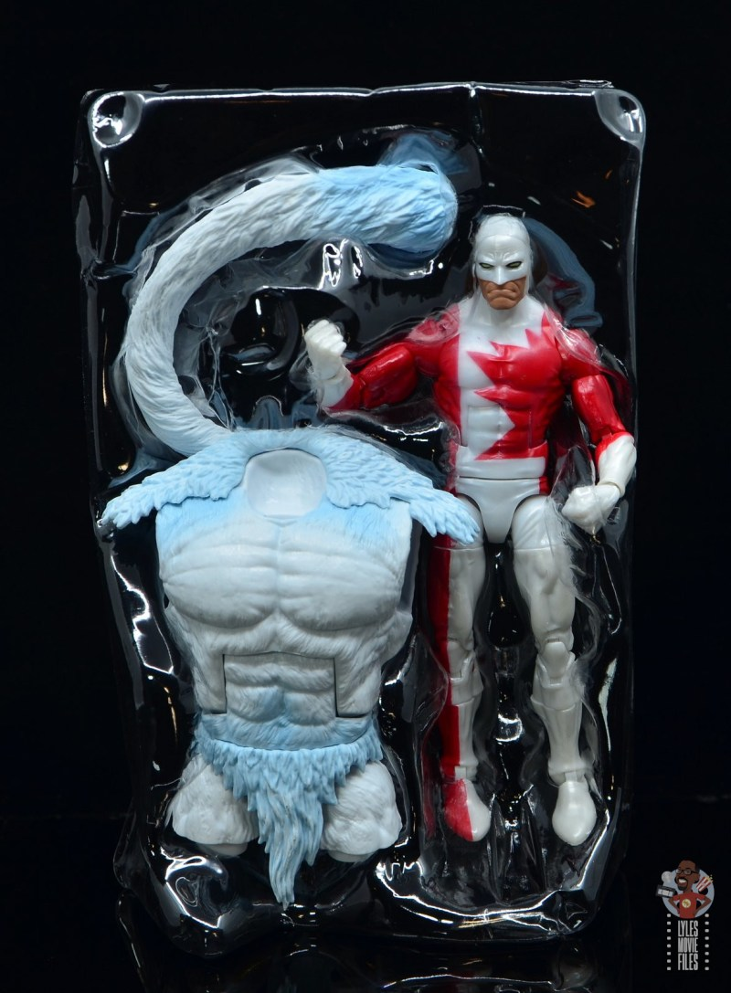 marvel legends guardian figure review - accessories in tray