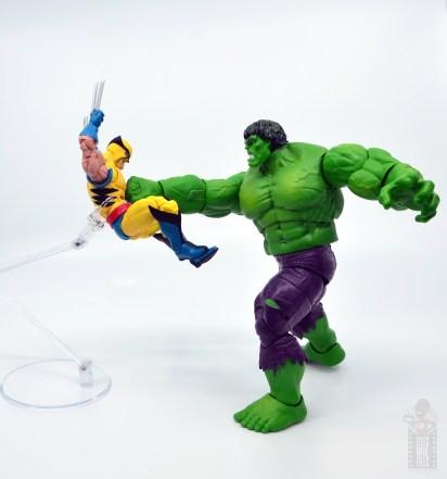 marvel legends hulk vs wolveringe figure review 80th anniversary - hulk punching wolverine