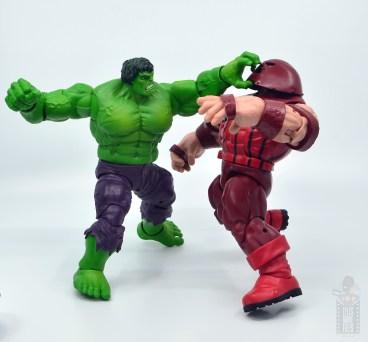 marvel legends hulk vs wolveringe figure review 80th anniversary - hulk vs juggernaut going for the dome