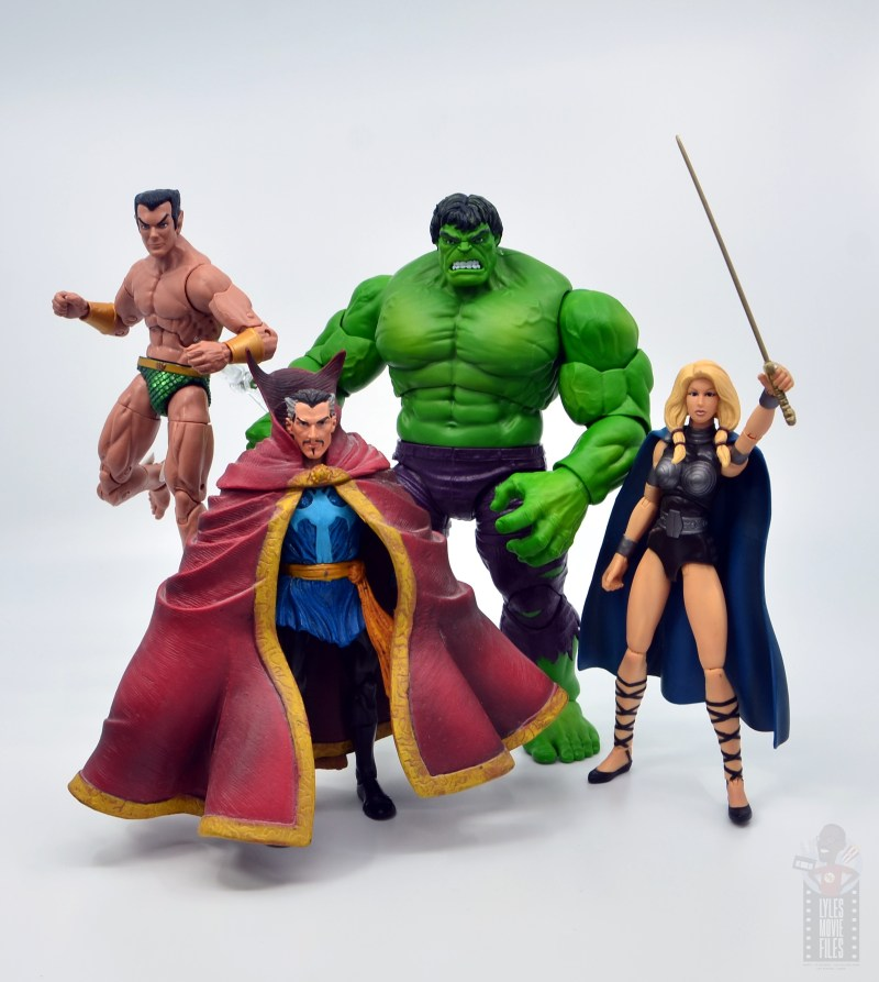 marvel legends hulk vs wolveringe figure review 80th anniversary - hulk with namor, dr. strange and valkyre