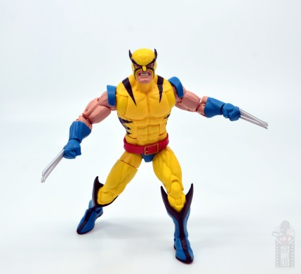 marvel legends hulk vs wolveringe figure review 80th anniversary - wolverine with claws out