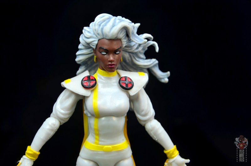 marvel legends storm figure review - x paintjob