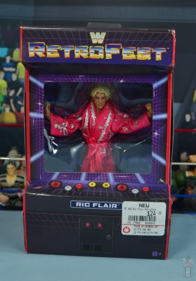 wwe retrofest ric flair figure review - package front