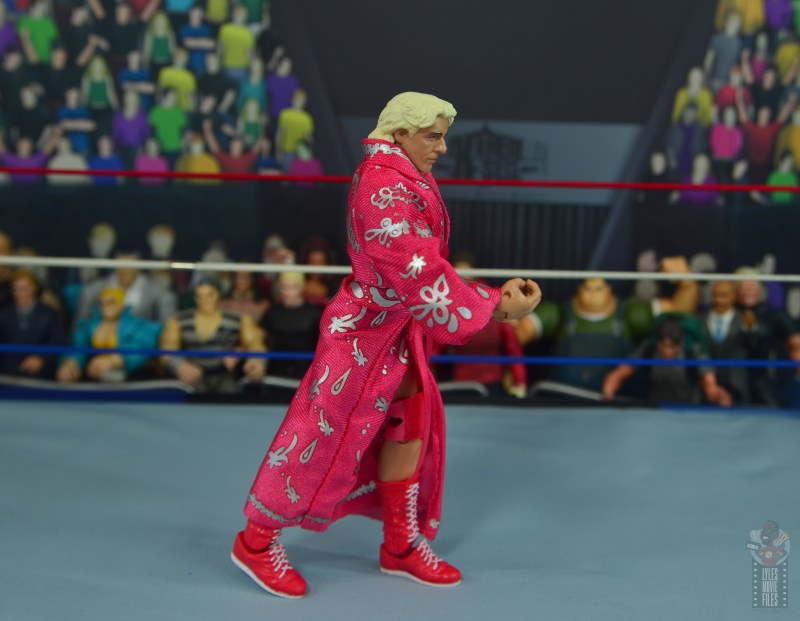 wwe retrofest ric flair figure review - strutting