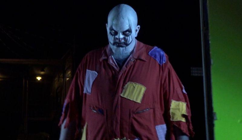 clownado movie review - big clown