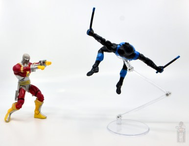 dc multiverse nightwing figure review - avoiding deadshot's attack