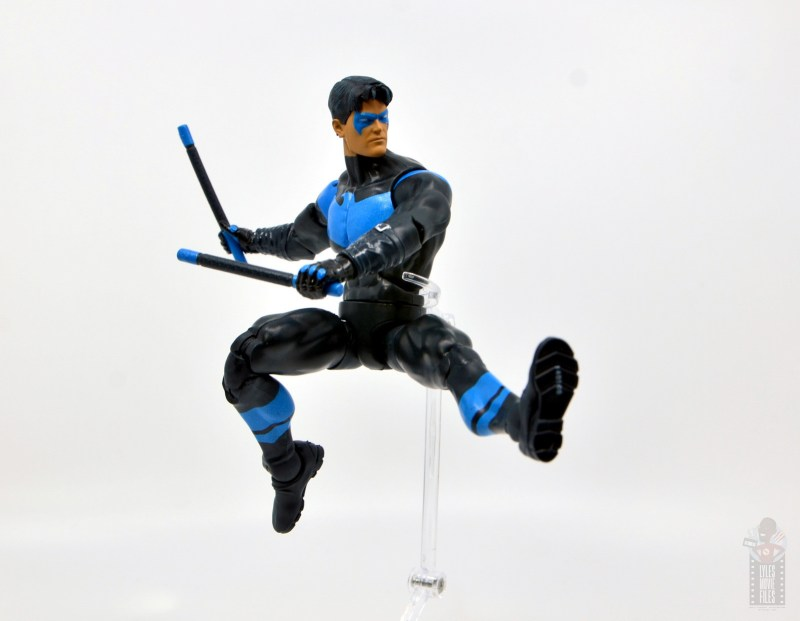 dc multiverse nightwing figure review - leaping kick