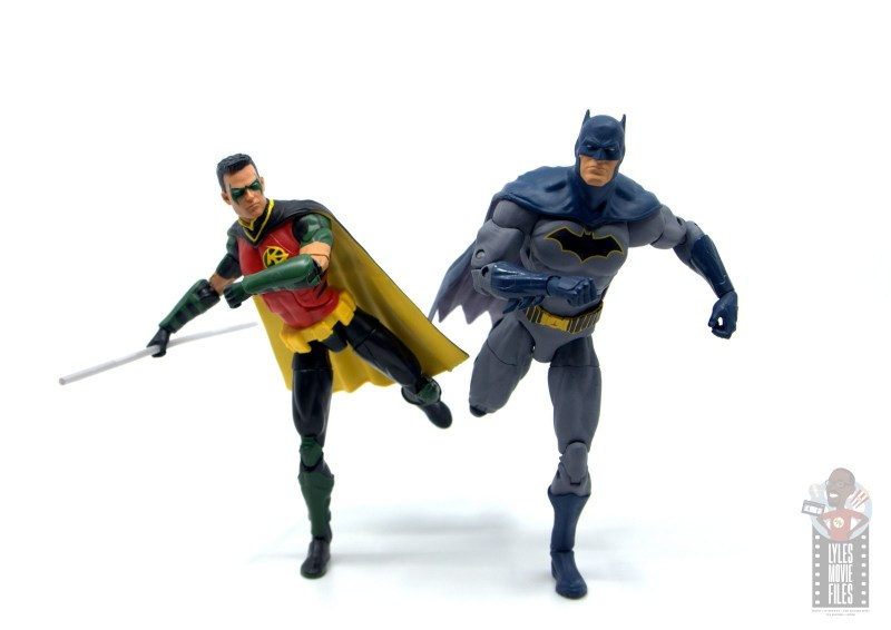 dc multiverse red robin figure review - running with batman