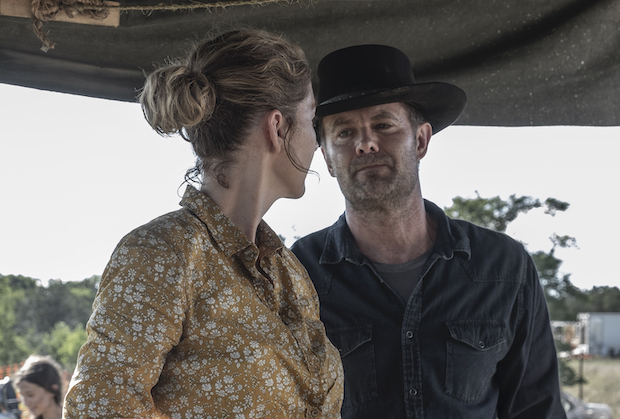 fear-the-walking-dead-channel-5-review - june and john