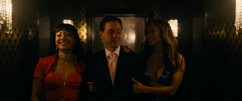hustlers movie review - constance wu, frank whaley and jennifer lopez