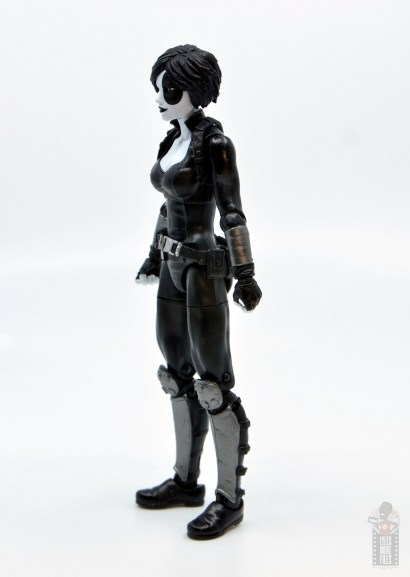 marvel legends domino figure review - left side