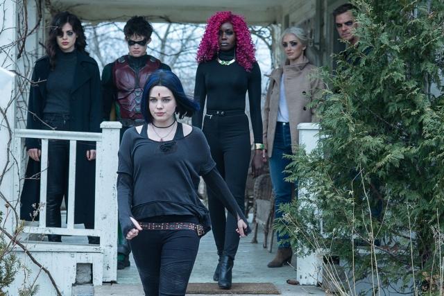 titans trigon review - donna, jason, rachel, kory, dawn and hank