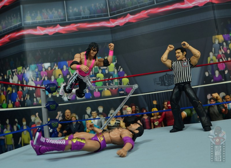 wwe bret hart king of the ring 1993 figure review - middle rope elbow drop