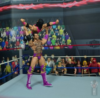 wwe bret hart king of the ring 1993 figure review - razor's edge countering