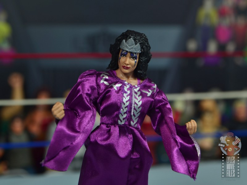 wwe elite sensational sherri figure review - wide shot