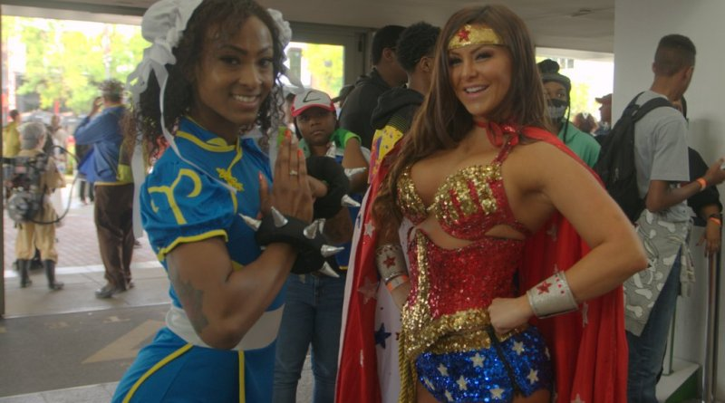 Baltimore Comic Con 2019 cosplay - chun-li and wonder woman