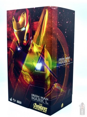 hot toys avengers infinity war iron man figure review - package side