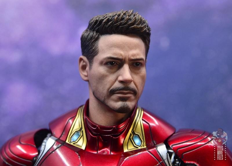 hot toys avengers infinity war iron man figure review - tony stark head close up