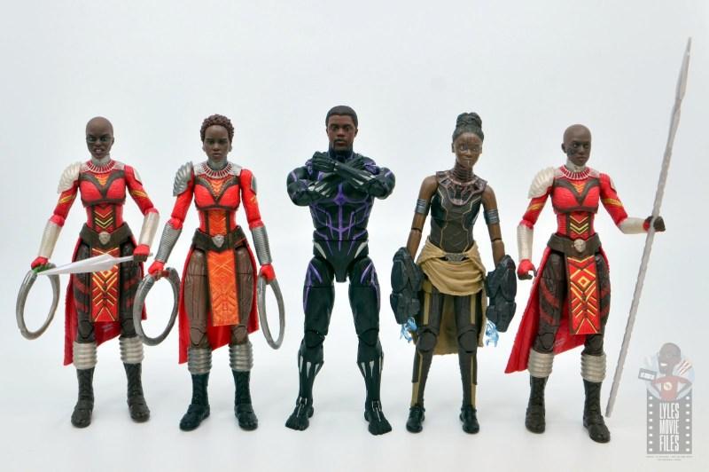 marvel legends black panther vibranium effect figure review - with dora milaje, nakia and shuri