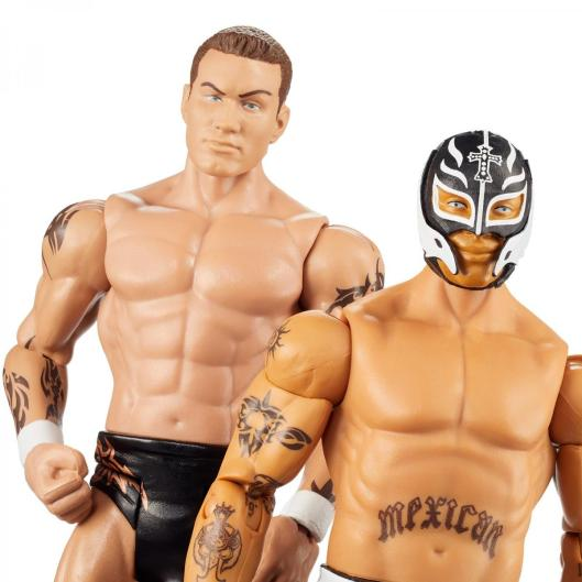 wwe battle pack wrestlemania 36 rey mysterio vs randy orton -close up