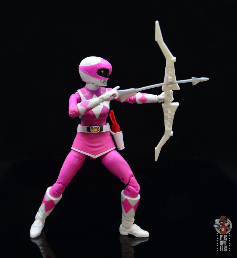 power rangers lightning collection pink ranger figure review - drawing back arrow