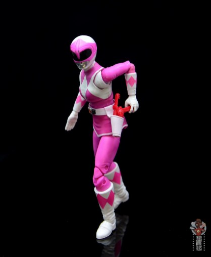 power rangers lightning collection pink ranger figure review - reaching for blaster
