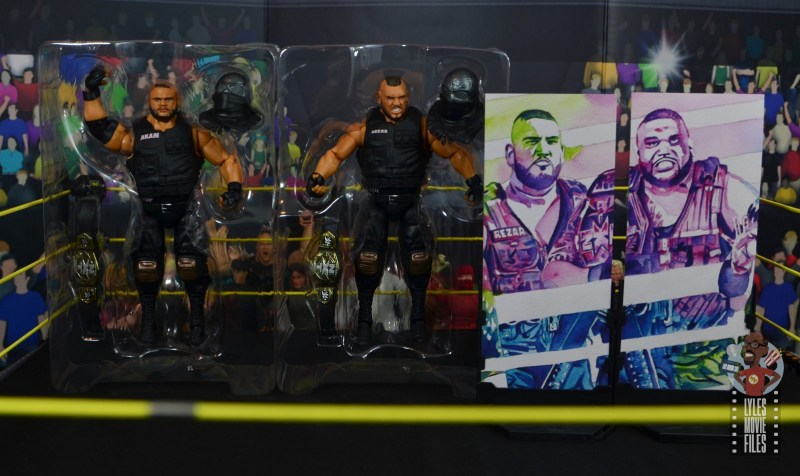 wwe elite authors of pain figure review - accessories