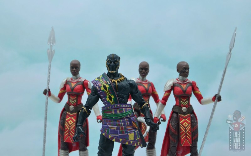 marvel legends black panther t'chaka figure review - with dora milaje