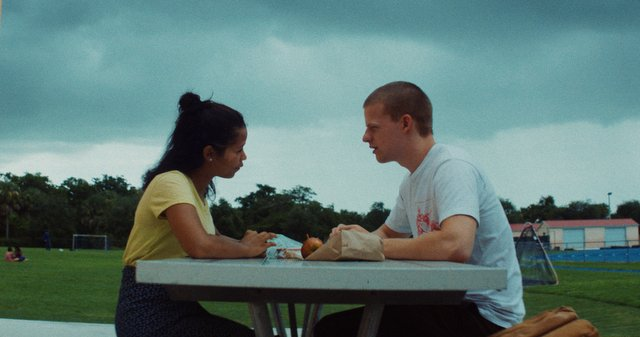 waves-movie-review-taylor-russell-and-lucas-hedges