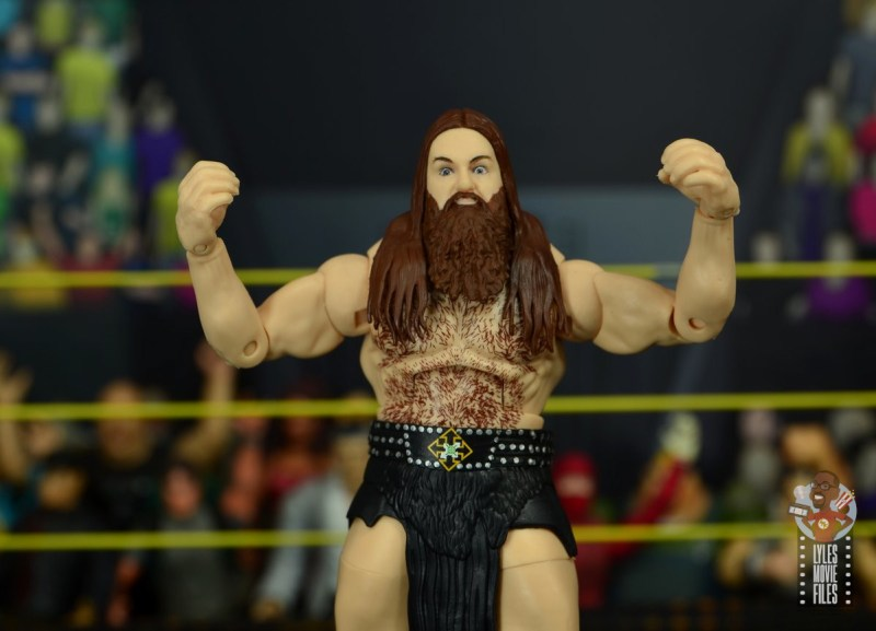 wwe elite killian dain figure review - flexing