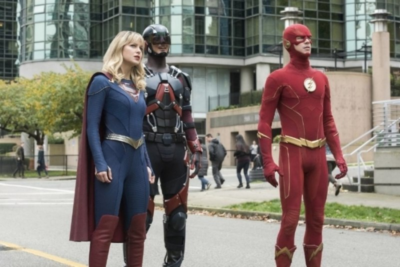 dc's legends of tomorrow - crisis on infinite earths part 5 - supergirl, atom and the flash