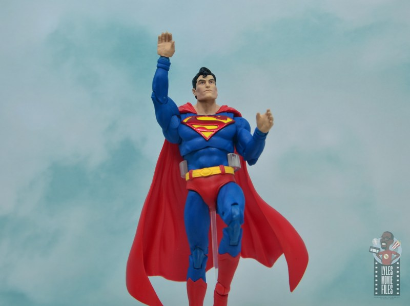 mcfarlane toys dc multiverse superman figure review - flying off