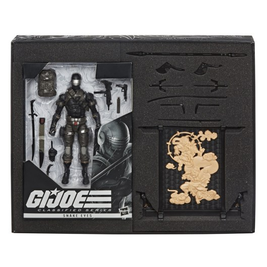 E7640 - GI JOE Classified Series Deluxe Snake Eyes Figure - IP