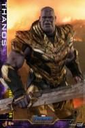 hot toys avengers endgame thanos battle damaged figure - detail