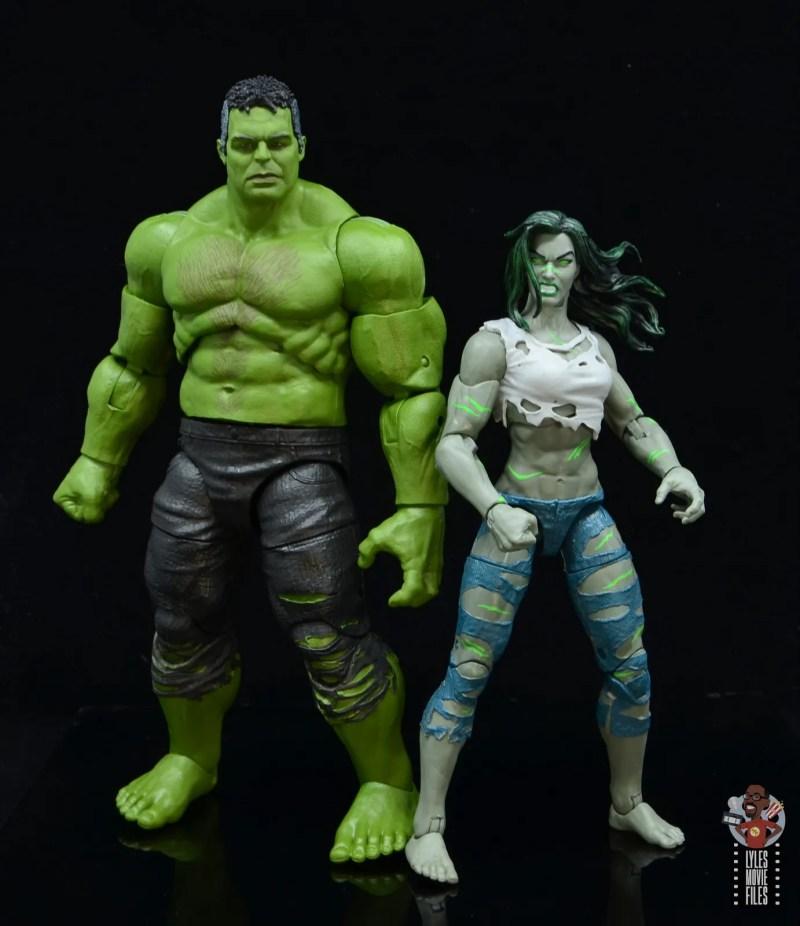 marvel legends she-hulk figure review - with mcu smart hulk