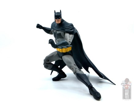 mcfarlane dc multiverse baman figure review - crouching