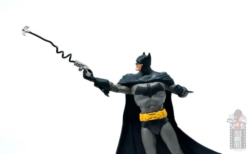 mcfarlane dc multiverse baman figure review - shooting grapple gun