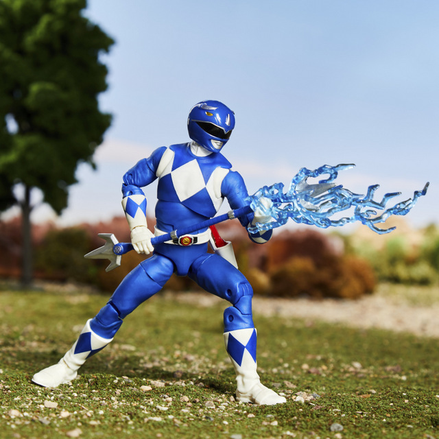 mighty morphin power rangers blue ranger -lit up weapon