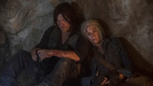 the walking dead - squeeze review - daryl and carol