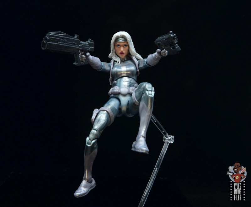 marvel legends silver sable figure review - crashing in