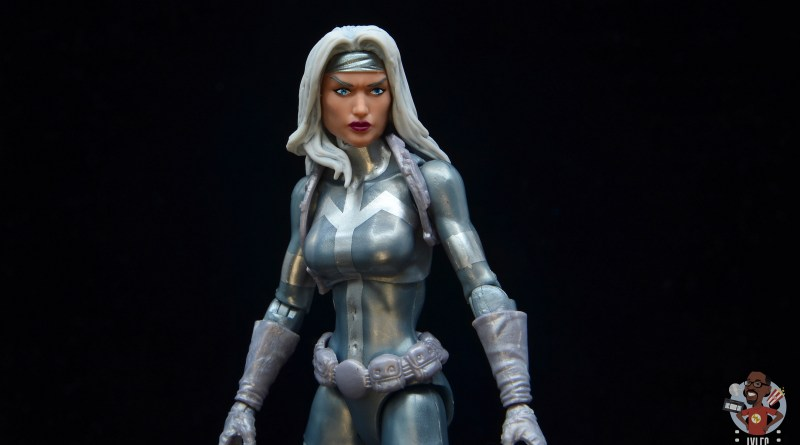 marvel legends silver sable figure review -main pic