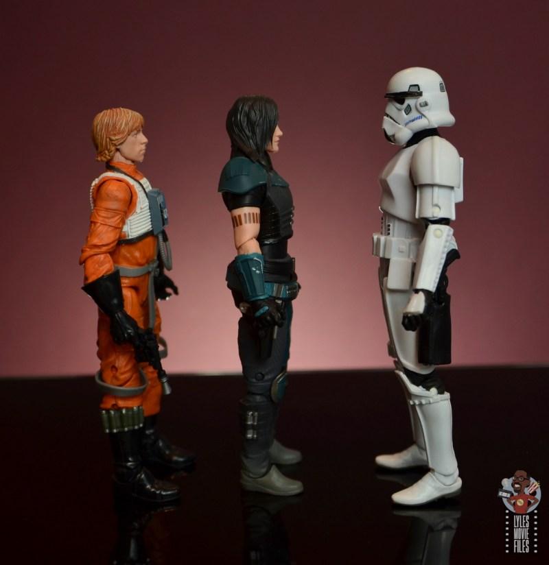 star wars the black series cara dune figure review - facing luke skywalker and stormtrooper