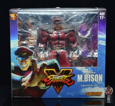storm collectibles street fighter m. bison figure review - package front