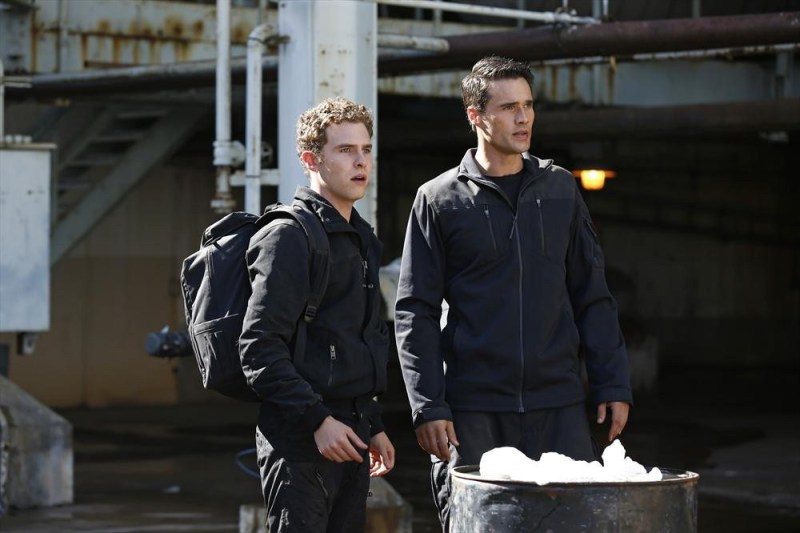 agents-of-shield-the-hub-review-fitz-and-ward