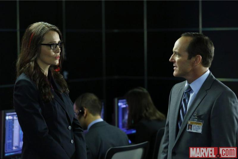 agents of shield the hub review - victoria hand and agent coulson