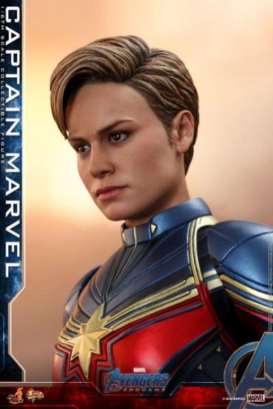 hot toys avengers endgame captain marvel - hair detail